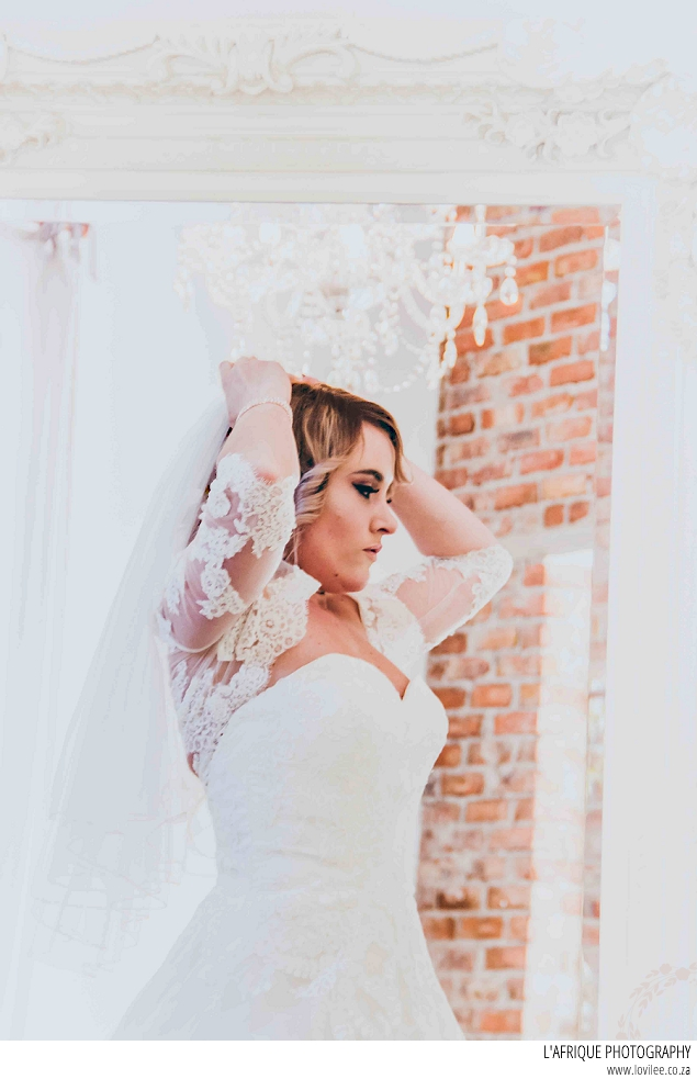 Lace on Timber wedding