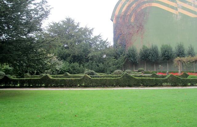a garden in park 1