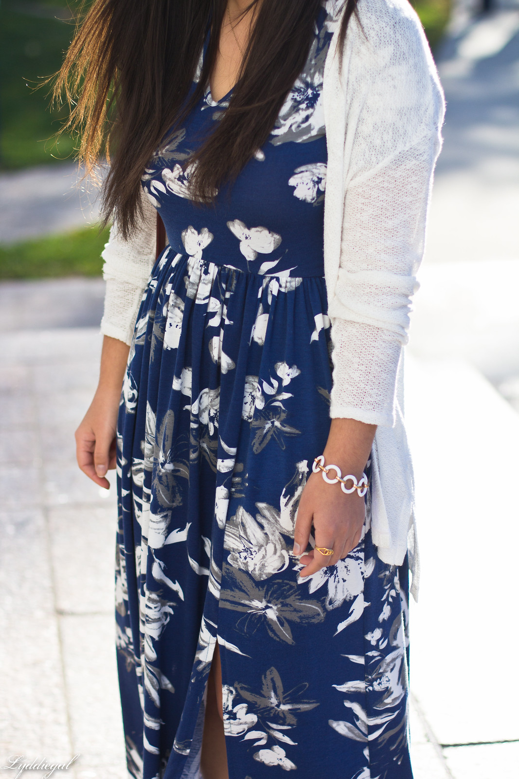 blue and white floral maxi dress, red coach bag, white cardigan-1.jpg