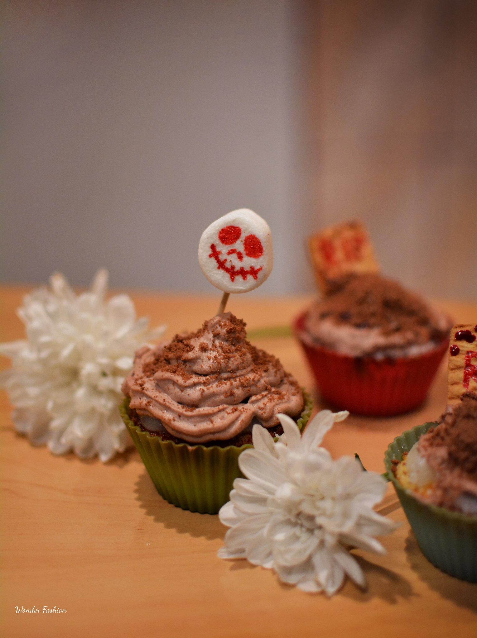 halloween cupcakes3