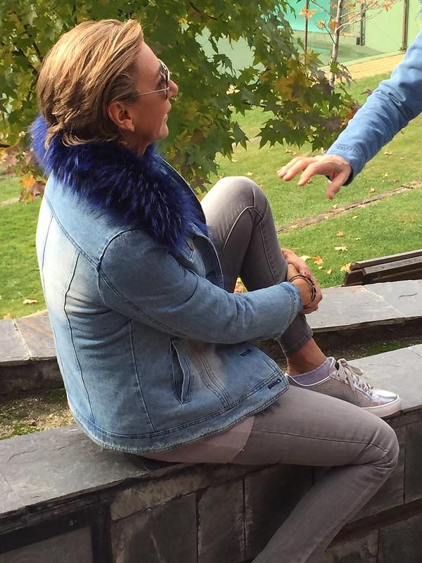 Cazadora vaquera cuello azul