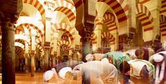 musulmanes-en-mezquitacordoba