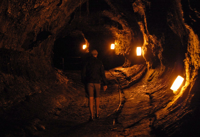 thurston-lava-tube-interior