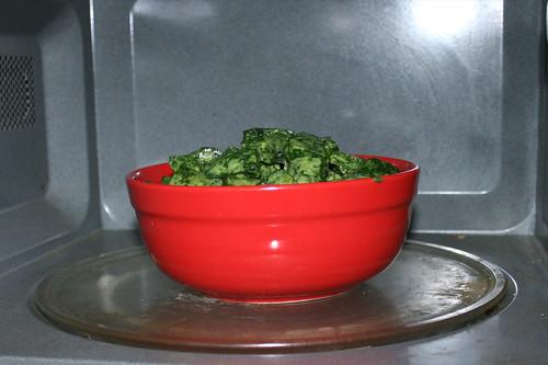 10 - Rahmspinat auftauen / Defrost cream spinach