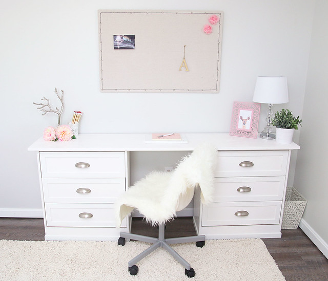 Tween Bedroom Desk/Dresser