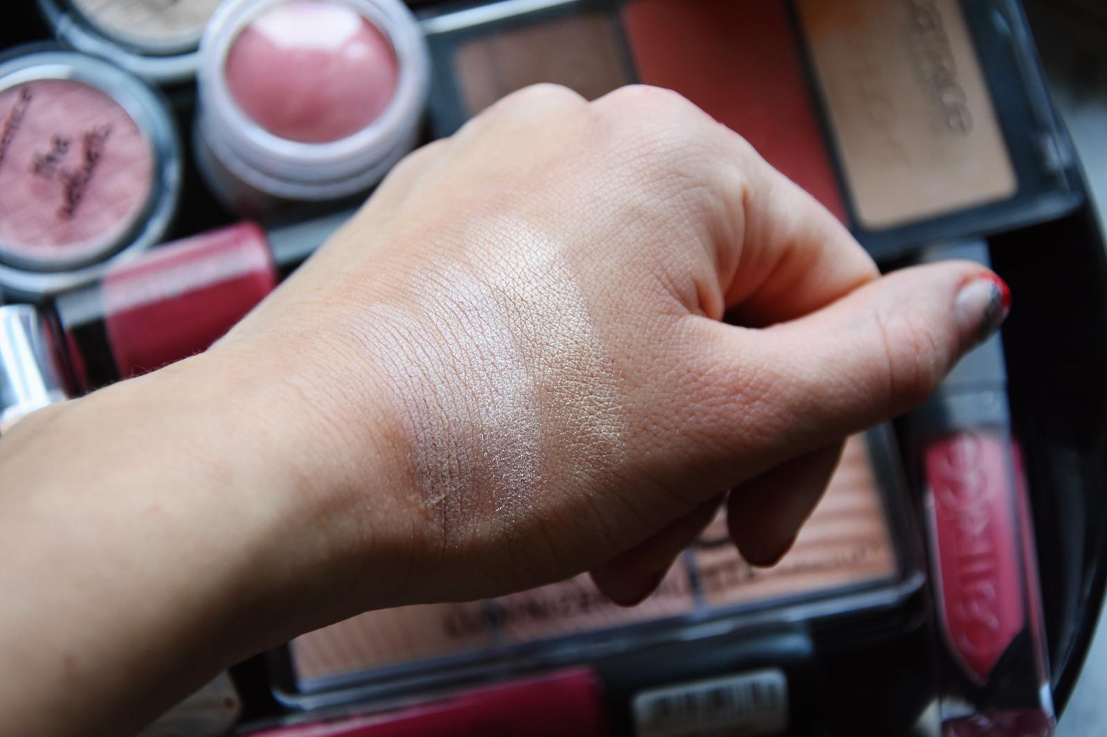 essence face luminizer palette review