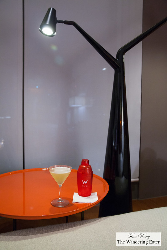 My oolong martini and the vertical tree light