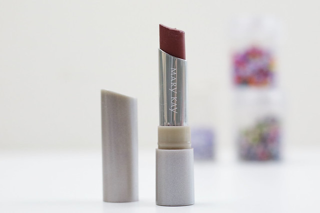Mary Kay Naturally Chic Lipstick