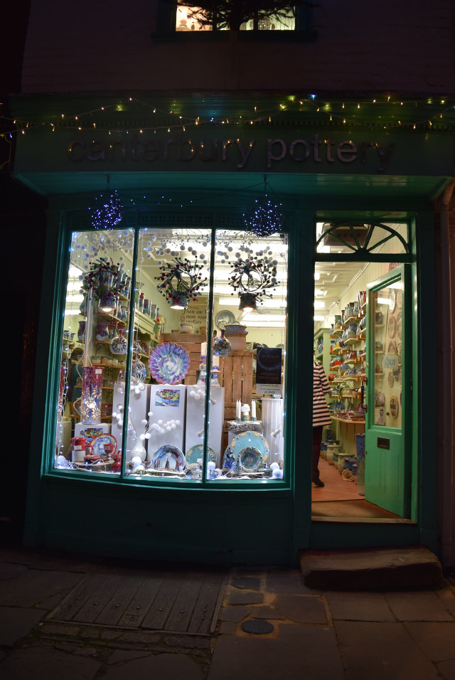 Canterbury Pottery Christmas Window 2016 | www.rachelphipps.com @rachelphipps