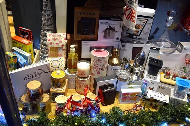 Steamer Trading Christmas Window 2016 | www.rachelphipps.com @rachelphipps