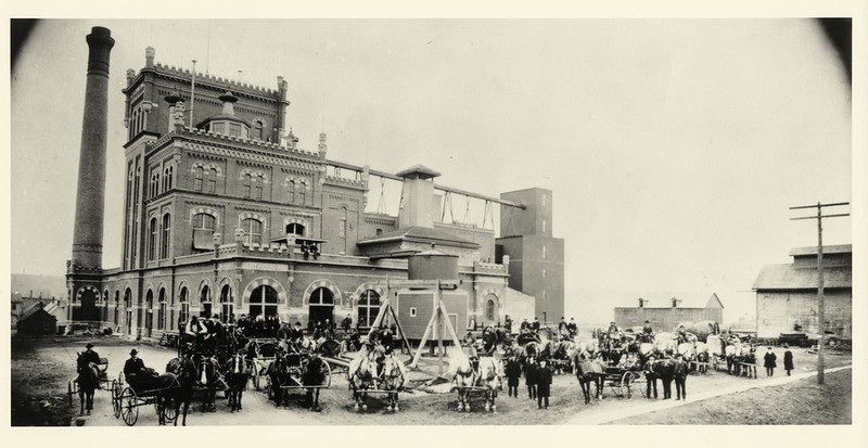 schmidt-brewery-1905-lg