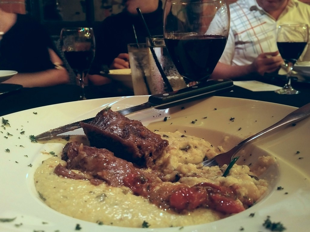 Braised Short Ribs and Grits (Yum!)