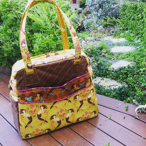 Finished Mermaids #shilohsatchel this afternoon before family dinner! #Saturdaynightcraftalong with @barefootcrafter