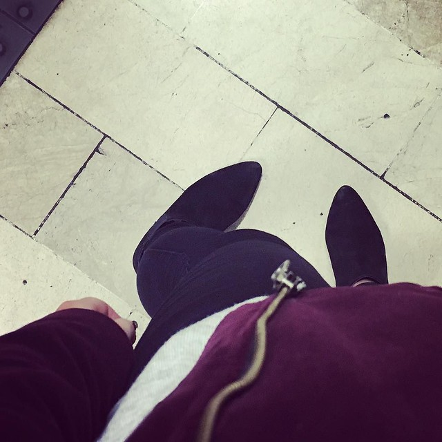 #fromwhereistand on the platform. Custom velvet biker jacket and old favourite @asos ankle boots and some of the best basics I *might have just ordered some more of from @hm #custommade