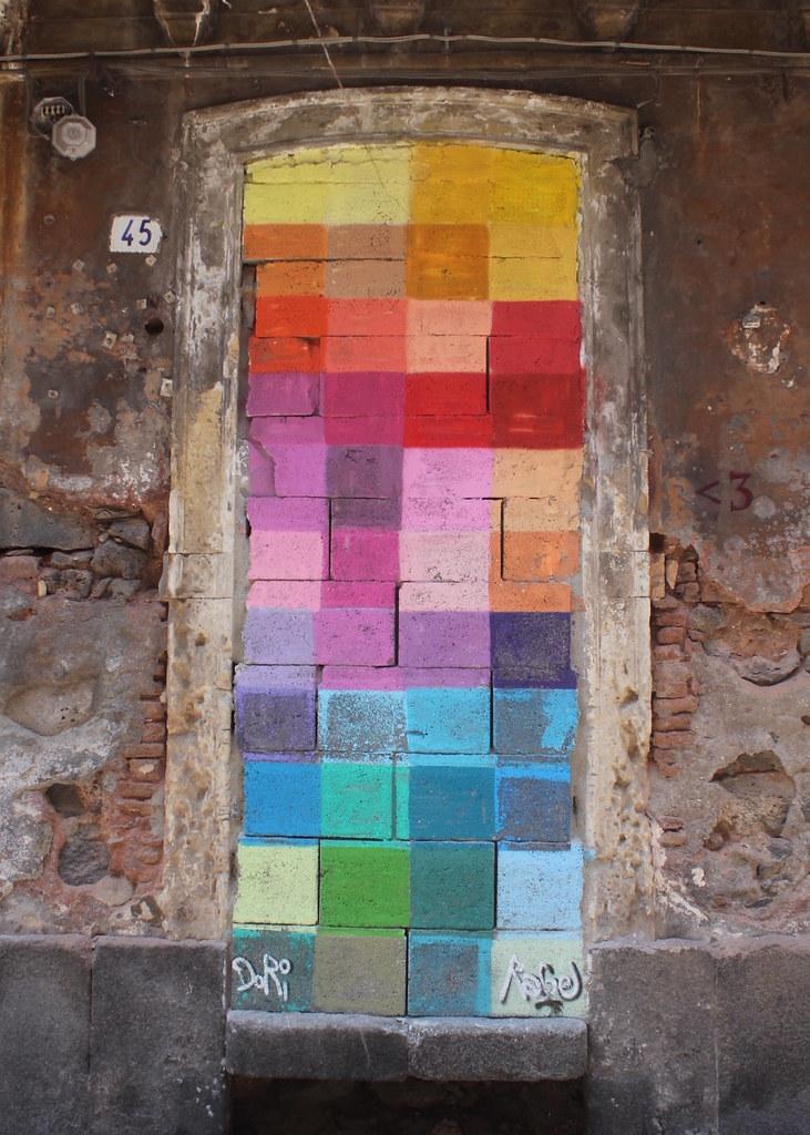 Street art Catania San Berillo district blocks