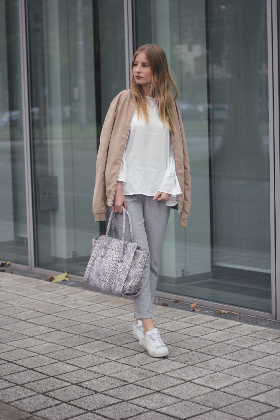 outfit grey pants white trumpet sleeves blouse