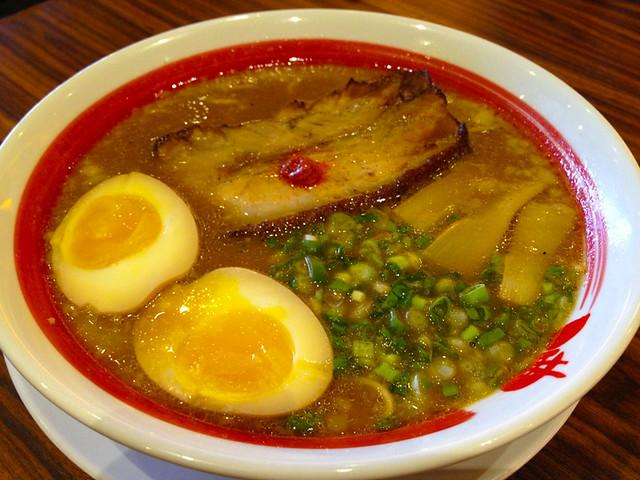 bari-uma-ramen-pork-slices