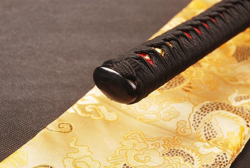 Japanese-samurai-sword-blue-blade-knob