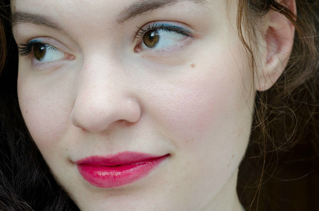 Блеск для губ MAC Versicolour Stain (Resilient Rouge) отзыв mashvisage.ru