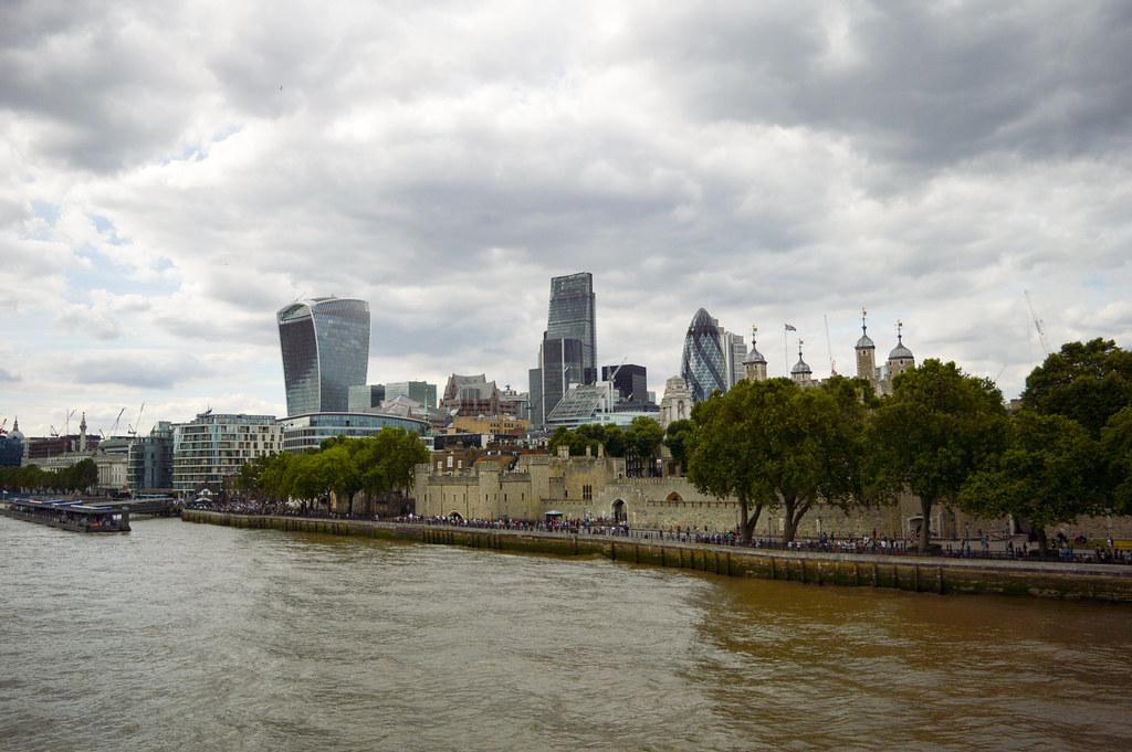 London1-28
