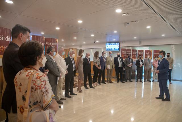 06-110621 Villalobos presenta el Plan de Acción con las asociaciones empresariales turísticas para la reactivación del sector-