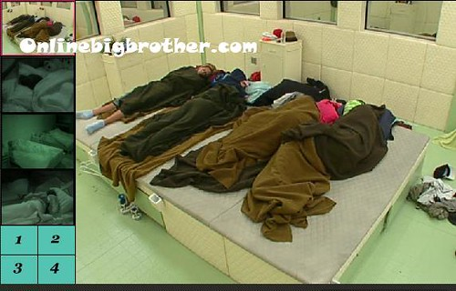 BB13-C2-8-7-2011-9_52_28.jpg | by onlinebigbrother.com