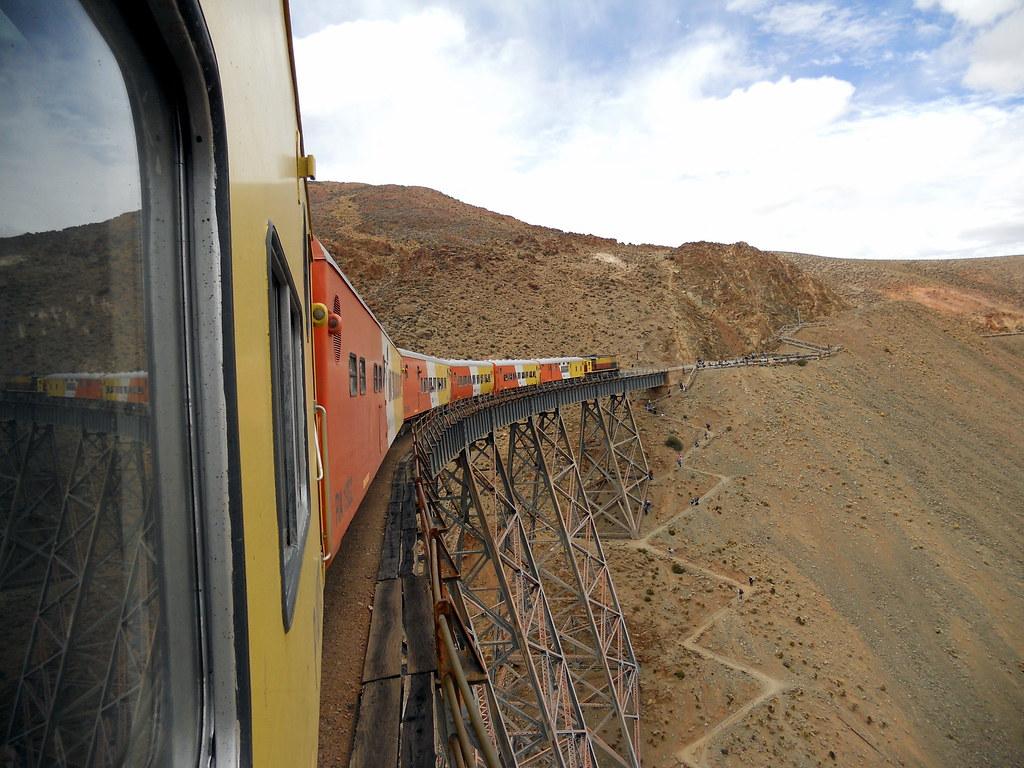Viaducto la polvorilla, Tren a las nubes