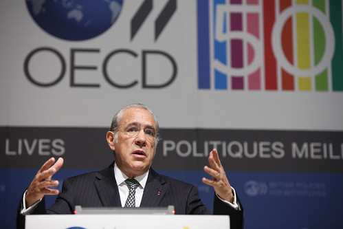 Press conference of the OECD Interim Economic Outlook Pre-G20 Cannes | by Organisation for Economic Co-operation and Develop