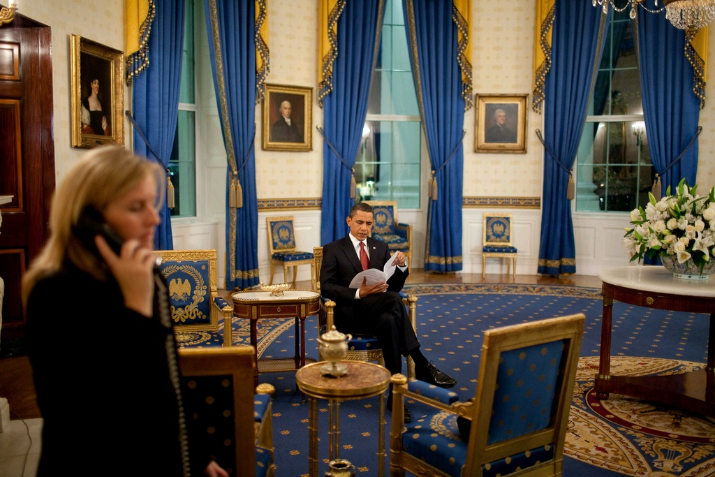President Barack Obama reviews notes in the Blue Room. Photo: U.S. Embassy, Jakarta.