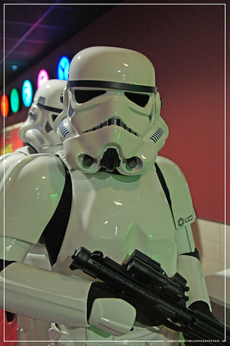 Empire BIG SCREEN : The 501st UK Garrison Imperial Stormtroopers harassing people outside the ILM Star Wars: Industrial Light and Magic presentation