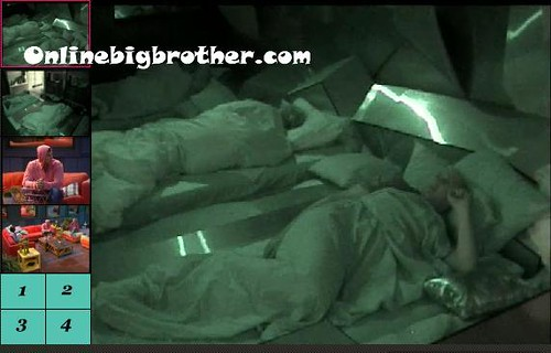 BB13-C2-8-17-2011-3_36_26.jpg | by onlinebigbrother.com