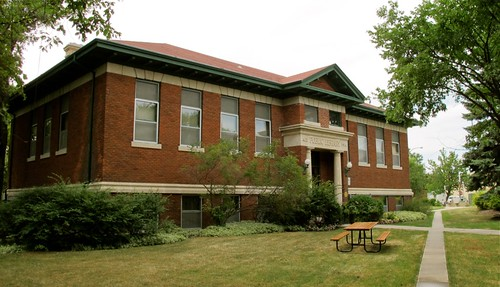 The Cornish Branch of the Winnipeg Public Library at 20 West Gate. Photo courtesy of the Winnipeg Public Library.