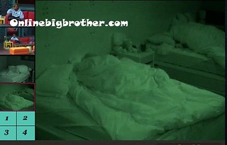 BB13-C4-8-31-2011-9_34_46.jpg | by onlinebigbrother.com