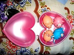 Dentro do pote vai esses bichinhos fofos feitos com ovos. by Maria Ilza1
