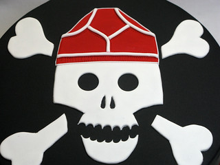 Skull and crossbones cake | by Creative Cakes by Julie