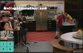 BB13-C1-8-5-2011-7_12_38.jpg | by onlinebigbrother.com