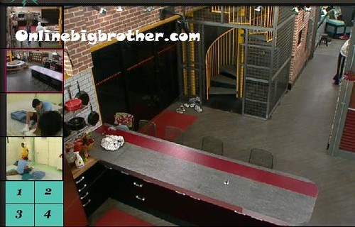 BB13-C1-7-24-2011-1_44_30.jpg | by onlinebigbrother.com