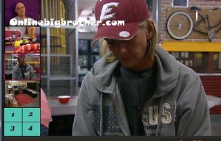 BB13-C3-8-8-2011-2_36_02.jpg | by onlinebigbrother.com