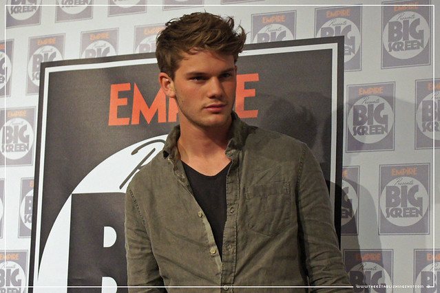 Empire BIG SCREEN : Jeremy Irvine talks War Horse and working with Steven Spielberg in the press room