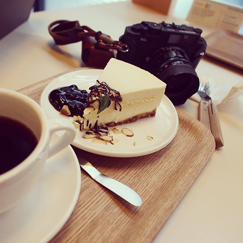 Cheese cake and coffee at 10x10 cafe | by Patrick Ng