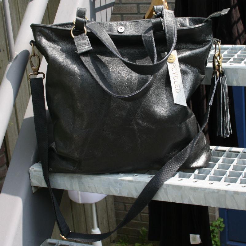 handgemaakte zwarte leren tas