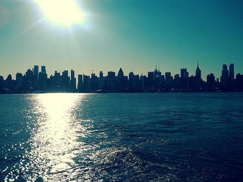 Good Morning NYC, and thanks for the lift @nywaterway! | by doctorklein