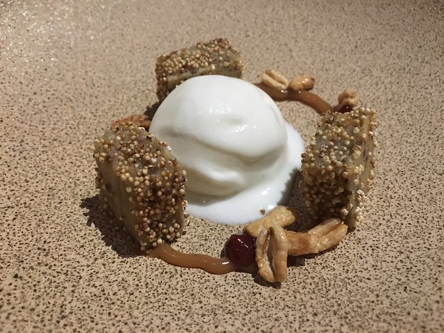 Cereal grains dessert - Lazy Bear