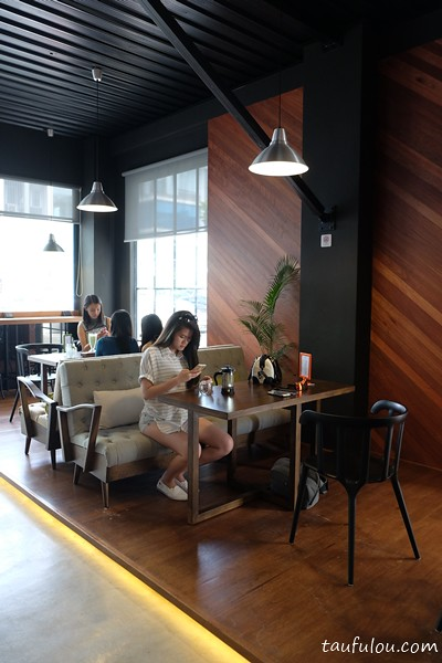 Hideout cafe (11)