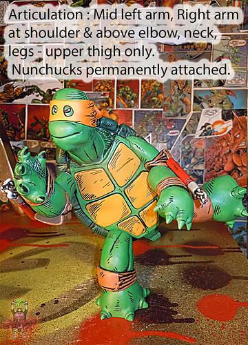 MONDO; Nickelodeon TEENAGE MUTANT NINJA TURTLES ; THE FIRST TURTLE (ORANGE MASK EDITION) vi / ..articulation (( 2016 ))