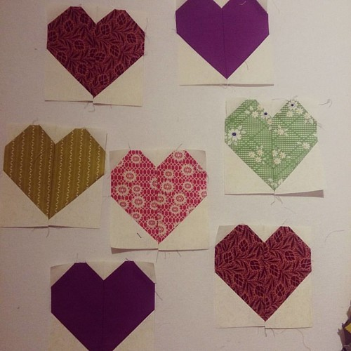 #saturdaynightcraftalong with @barefootcrafter: #quiltsforpulse