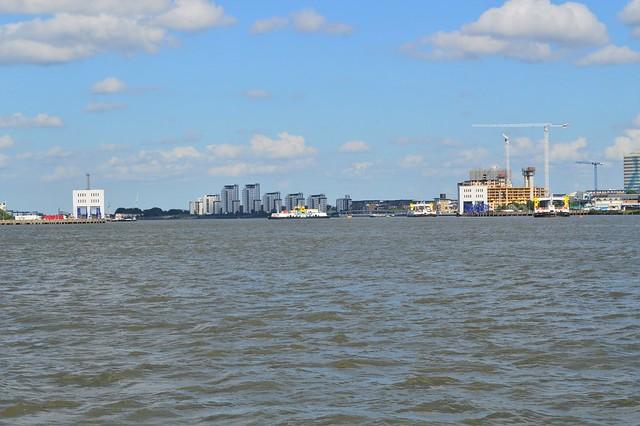Woolwich Ferry @ Woolwich Reach 24-06-16
