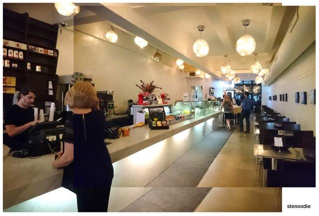 Avenue Café + Bistro Toronto