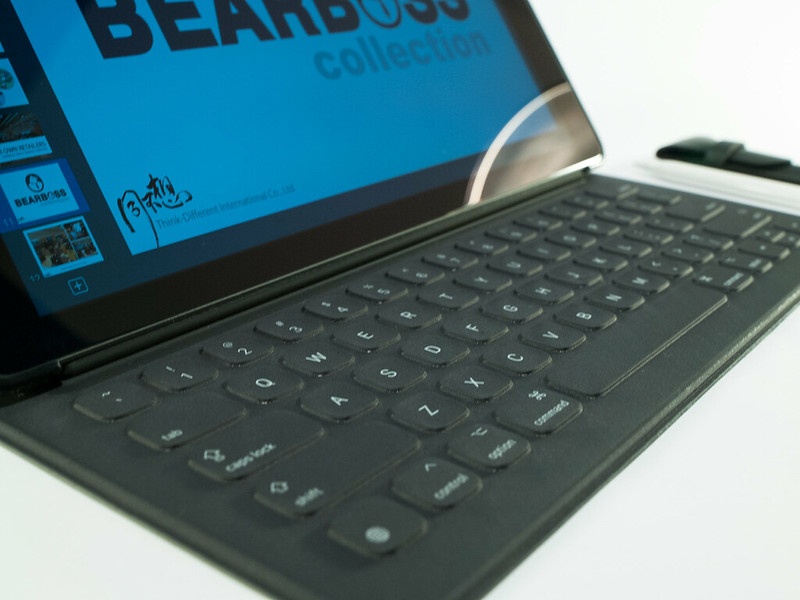 "iPad Pro 12.9"" with smart keyboard & Apple pencil"