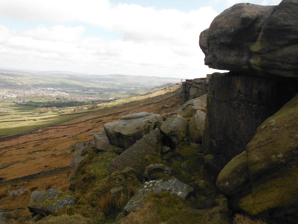 Distant Sutton Pinnacle